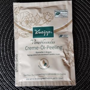 Kneipp Verwöhnendes Creme-Öl Peeling